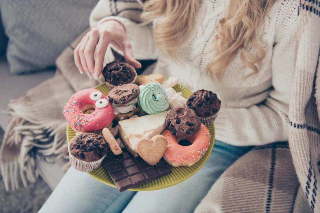 糖質を控える